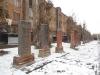 Памятники жертвам землетрясения.