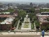 Вид вниз с Каскада. Виден Ереванский оперный театр