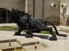 Эта скульптура сделана из старых автомобильных шин
