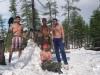 21 августа 1999 г. Загораем на снегу. Вся мошка и комарьё повымерзло.