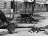 Уничтоженная артиллерия на Большой Садовой в районе переулка Островского.