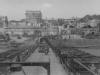Гитлеровцы переправляются по наплавному мосту.