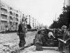 Немецкая артиллерия работает в районе Комсомольской площади